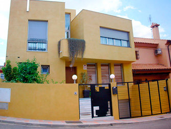 Moya-Atencia-Arquitectos-Los-Pacos-Fuengirola-000